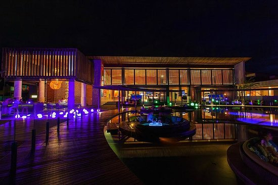 W Retreat Koh Samui: The Woo Bar