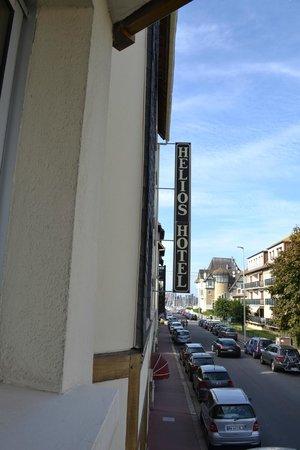 Ibis Styles Deauville Centre: Au bout, la plage de Deauville (200 mètres)