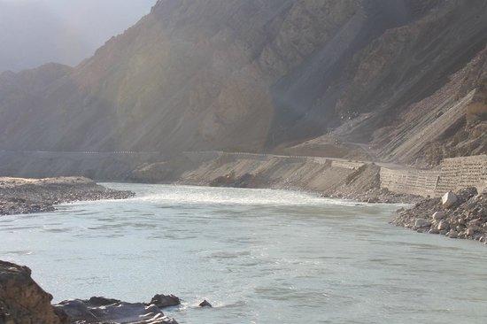 Alchi Monastary: Indus in full flow