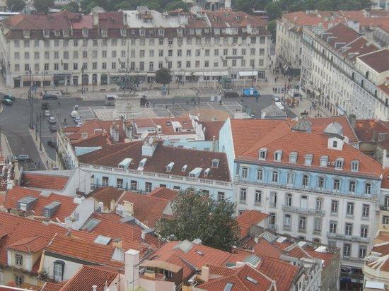 Lisboa Tejo Hotel: Lisboa Tejo bottom Rt  from St.Jorge's Castle