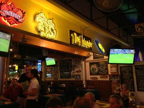 The Islander: Islander Bar