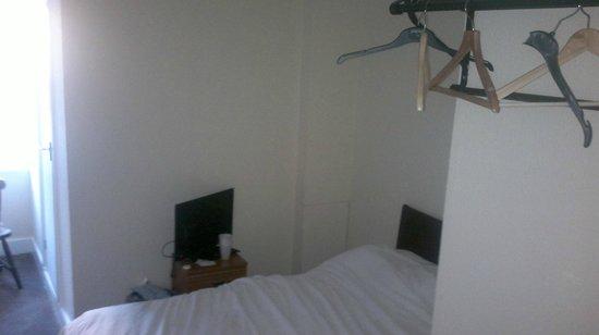 Charlies Hotel : Room