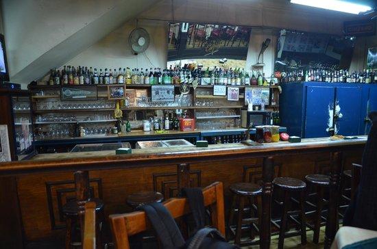 Bar Restaurant Cinzano: Die Bar