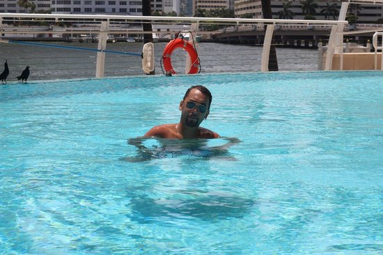 Mandarin Oriental, Miami: In the pool