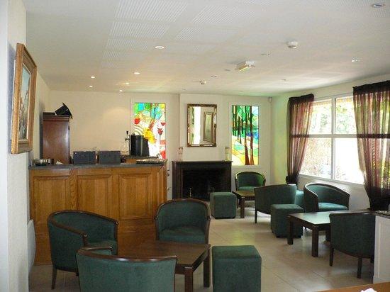 Hotel du Lac : bar salon