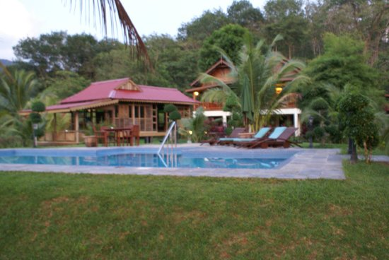 Sunset Valley Holiday Houses : amazing pool