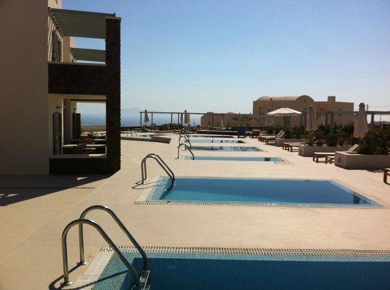 Astro Palace Hotel and Suites: Piscinas privativas