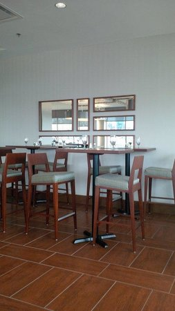 Holiday Inn Sydney Waterfront: Restaurant