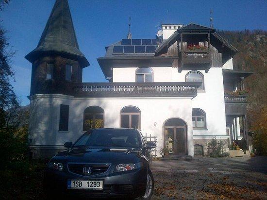 Familie Dr. Brändle: Villa