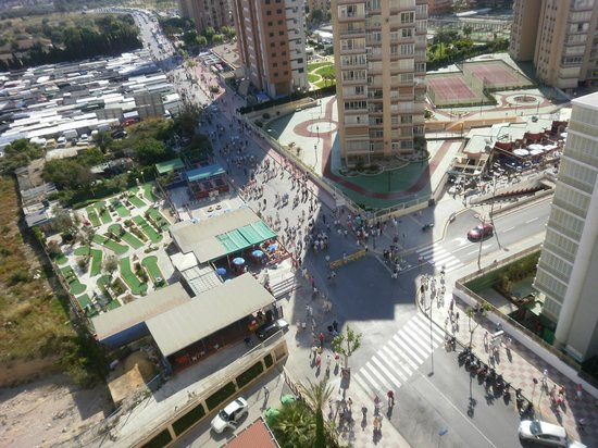 Servigroup Pueblo Benidorm : View of Outdoor Market from Pueblo Hotel