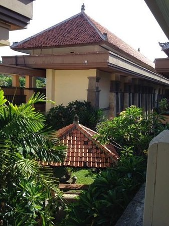 Pelangi Bali Hotel : view from my little balcony