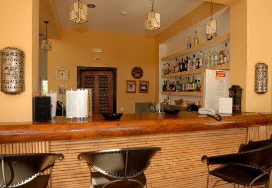 Hotel Rural Quinta do Marco: Gemuetliche Bar