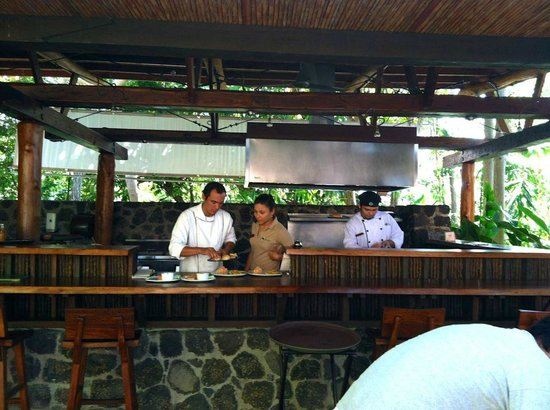 Jicaro Island Ecolodge Granada : Outdoor Kitchen, food was amazing!