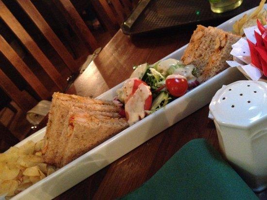 Hobsons Patisseries: Chicken sandwiches