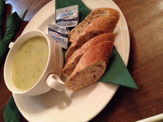 Hobsons Patisseries: Potato and leak soup