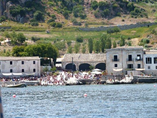 Occhio Al Boma - Escursioni in Barca a Vela : La tonnara di Scopello