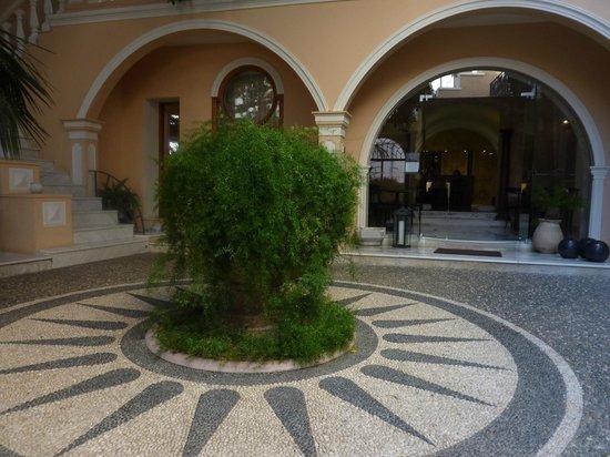 Casa Delfino Hotel & Spa : Beautiful work of art with pebbles
