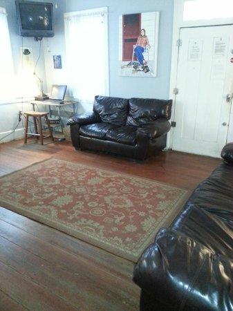 Charleston's NotSo Hostel: lobby in main house