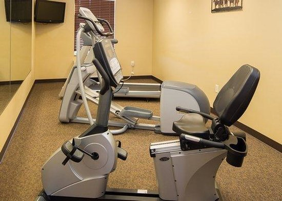 MainStay Suites Rapid City : fitness center