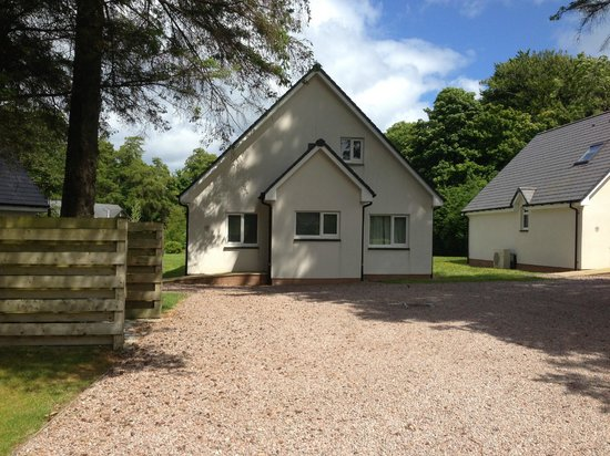 Auchrannie Resort : T9 Rowan Executive Lodge