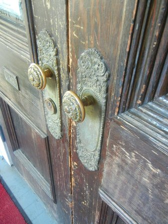 Barksdale House Inn : Sweet door