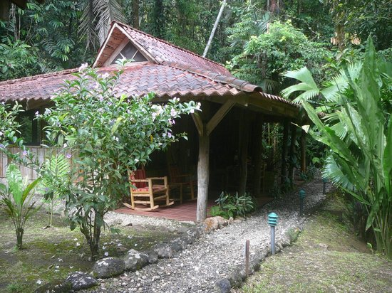 Esquinas Rainforest Lodge: Bungalows in the rainforest