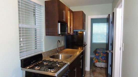 Caribbean Resort by the Ocean: kitchen corner