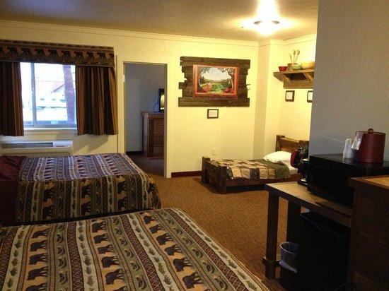 Three Bear Lodge: Двухкомнатный номер