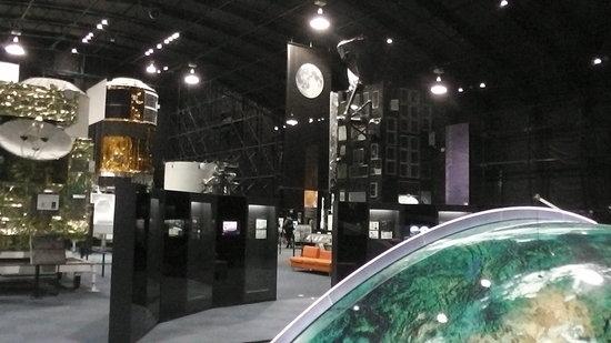 Tsukuba Space Center: こちらはいつでも自由に見れます