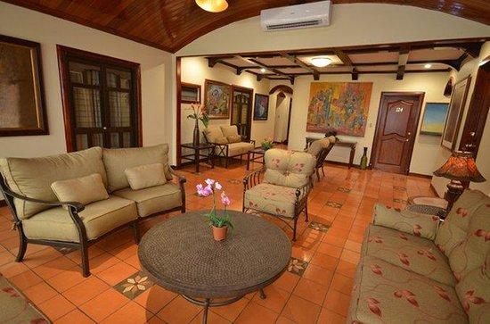 Hotel Casa Roland San Jose: Lobby