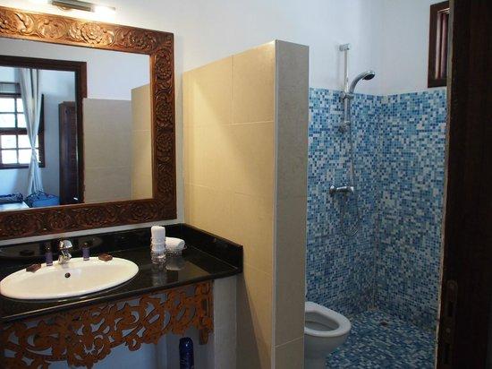 Next Paradise Boutique Resort : Salle de bain