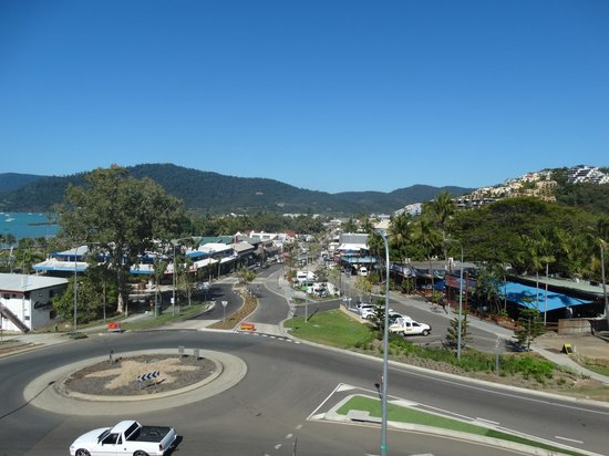Waterview Airlie Beach: Main street