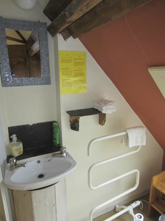 Glencairn Bed and Breakfast: bathroom