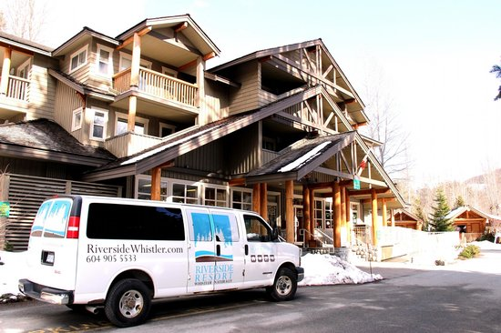 ‪Riverside Resort Whistler‬