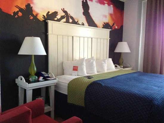 Hotel Indigo Atlanta Midtown : Feeling like a rock star!