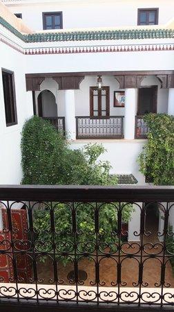 Riad Chergui: vue sur le patio