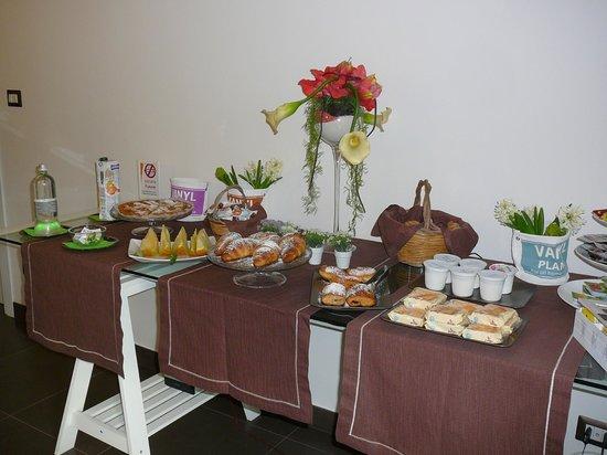 A Mo Casa B&B: Espace petit déjeuner