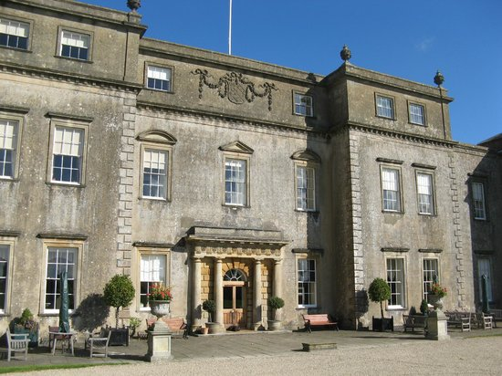 Ston Easton Park Hotel: The main entrance