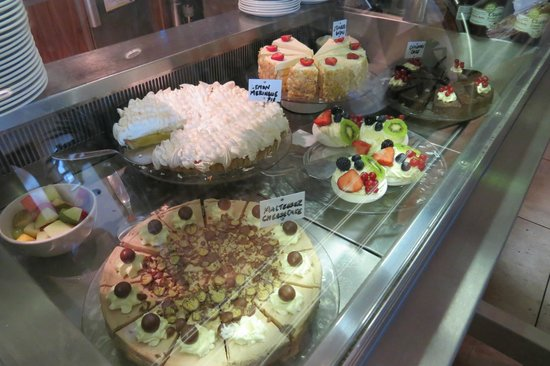 Jules Restaurant: Dessert Case