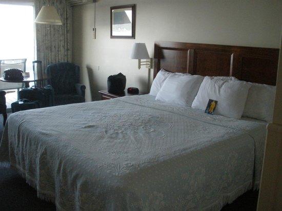 Brown's Wharf Inn : Nice comfy bed