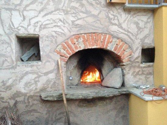 Agricola Bargiolina : il forno a legna