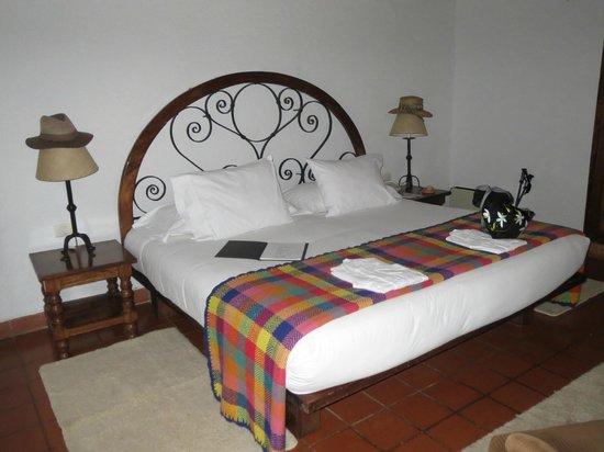 Inkaterra Machu Picchu Pueblo Hotel : Bed
