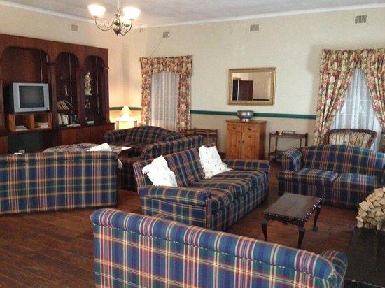 Dullstroom Inn: Lounge