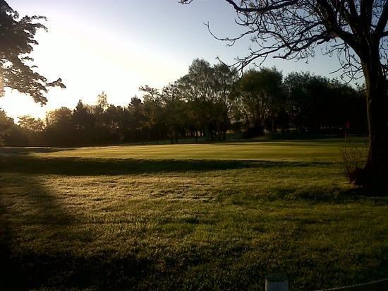 South Moor Golf Club: early morning sunrise
