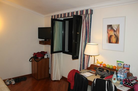 Hotel Laurus al Duomo: Our Room 702