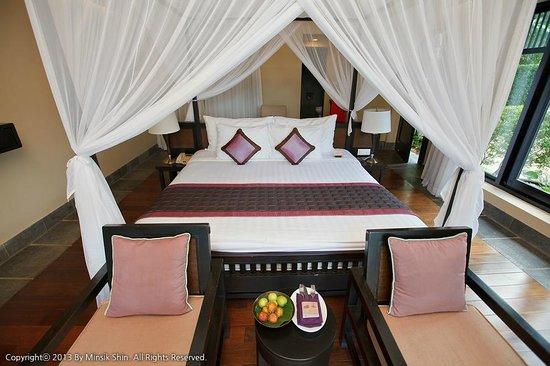 Anantara Mui Ne Resort: 가든뷰 풀빌라 침대