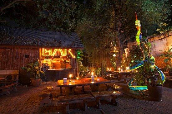 Lao Lao Garden! : Bar.