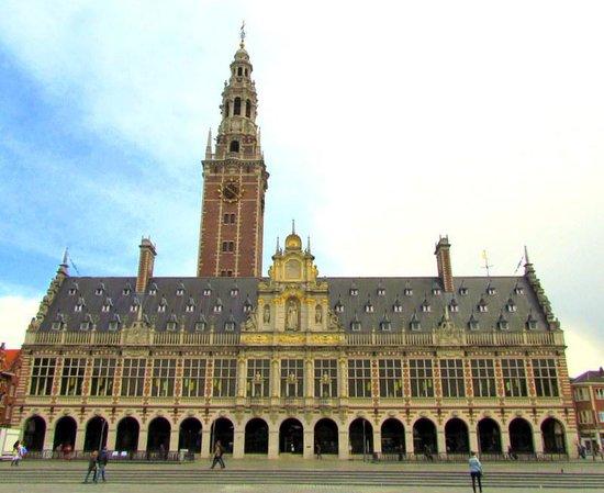 Park Bed & Breakfast: Leuven Library