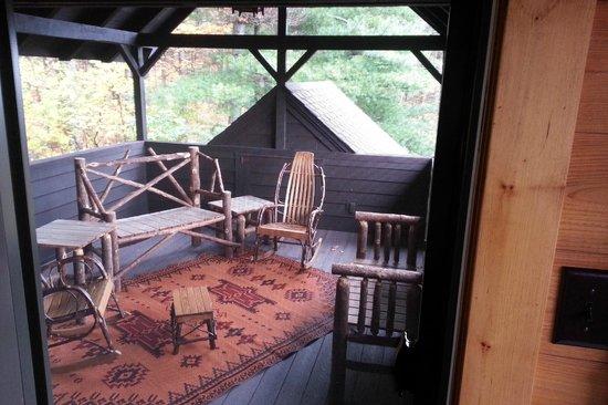 Dartbrook Lodge : private porch in the master