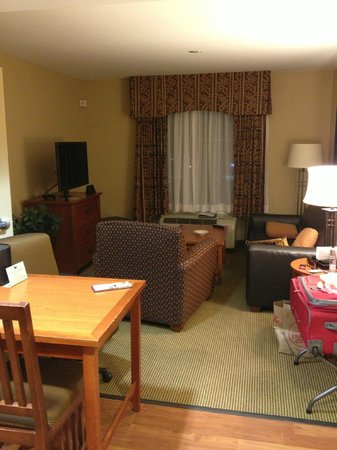 Homewood Suites by Hilton Agoura Hills: Гостиная